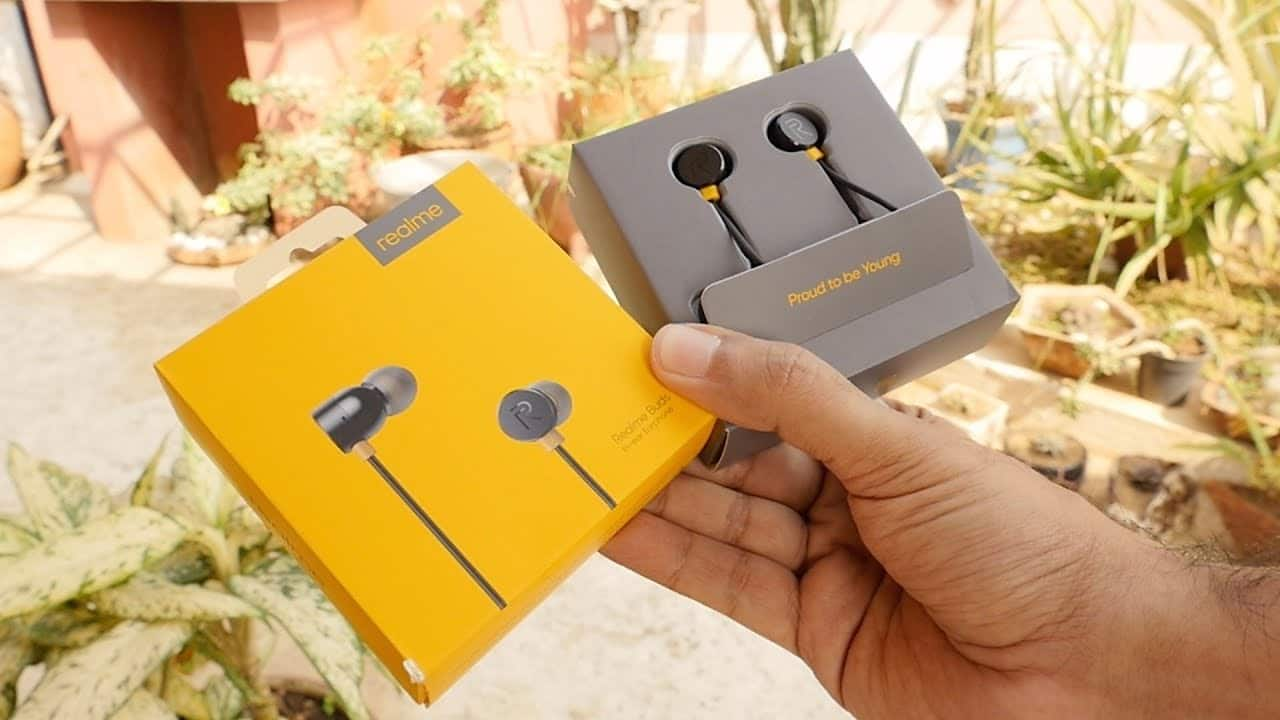 Realme Earbuds | Best Earphones Under 500